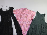 Vintage Recycle Dresses 80s 90s 40 pc 35 lbs 0810400-21